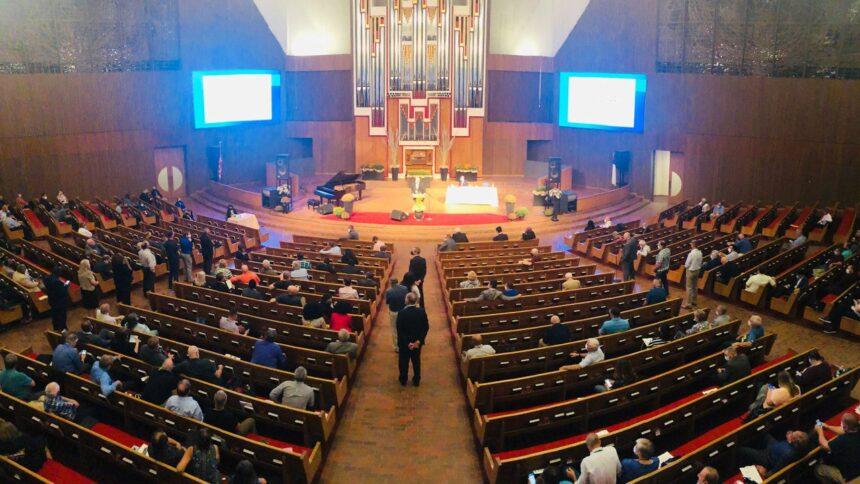 Mid-America Union Votes Women's Ordination